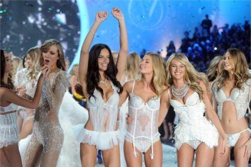 En pahalı Victoria's Secret şovları